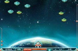 Jogo online grátis Max Damage and the Alien Attack